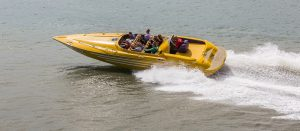powerboat-1653985_1920