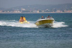 speed-boat-320088_1920